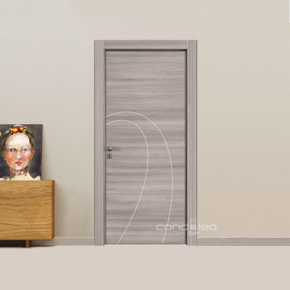 Porta frassino grigio inserti alluminio satinato Mod. L011