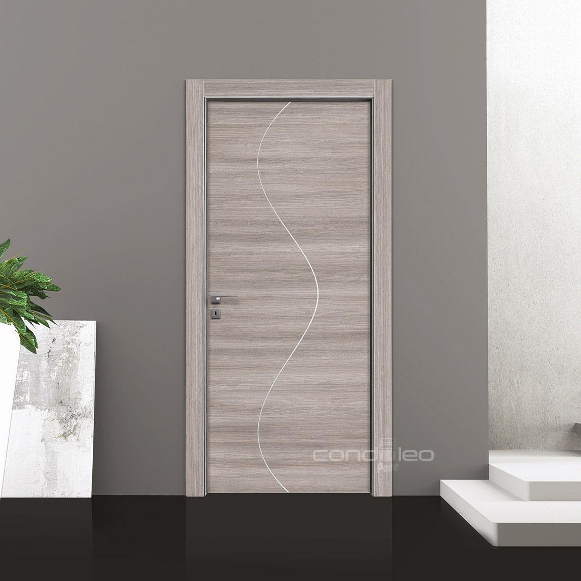 Porta Frassino Grigio Inserto Alluminio Satinato Modello L067